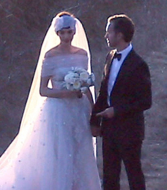 Anne Hathaway – Wedding Photos-35