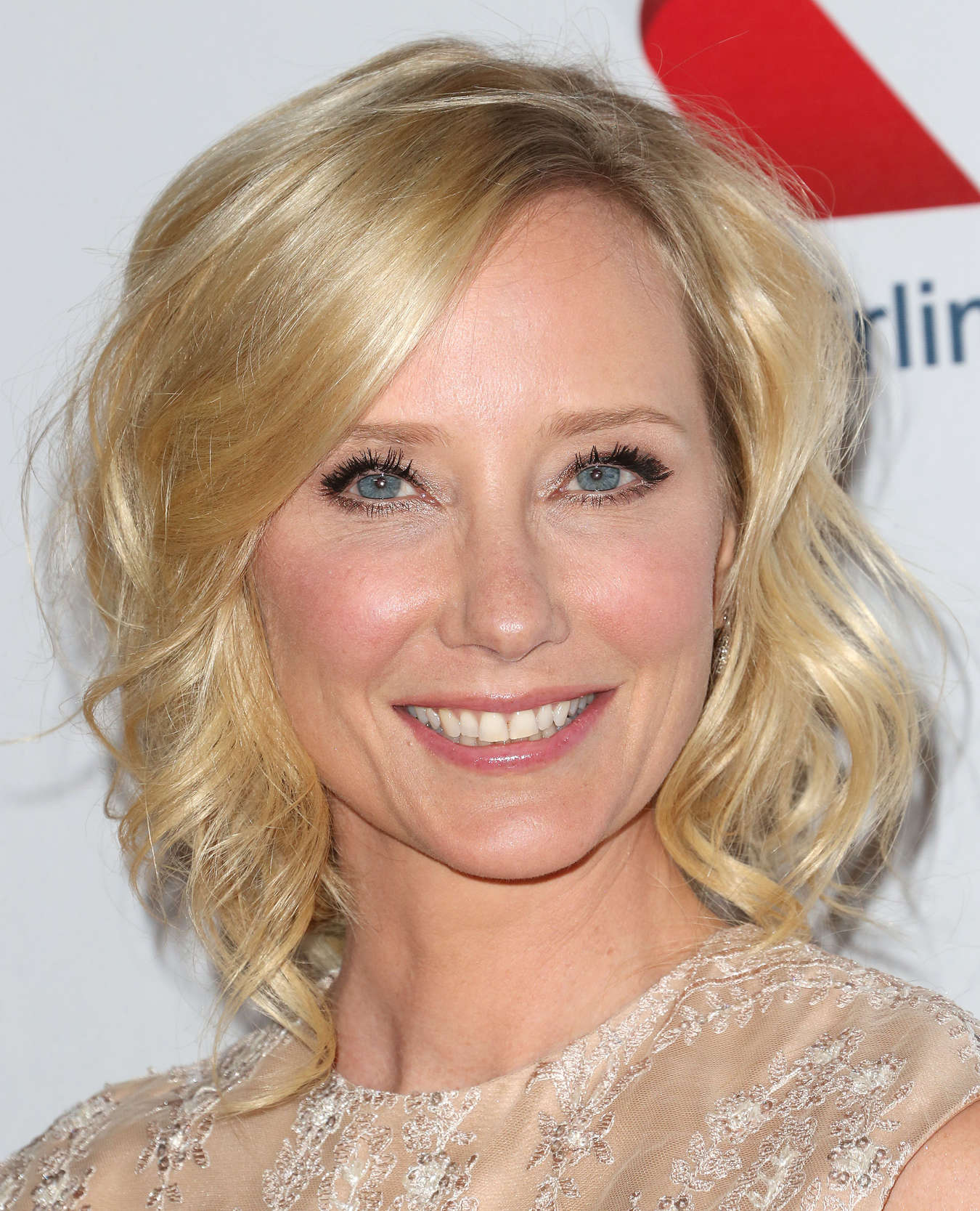 Anne Heche At 2013 Race To Erase Ms Gala 21 Gotceleb