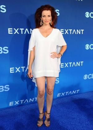 Annie Wersching: Extant premiere in LA -01
