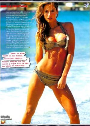Ariadne Artiles Bikini: 10 Hottest -02