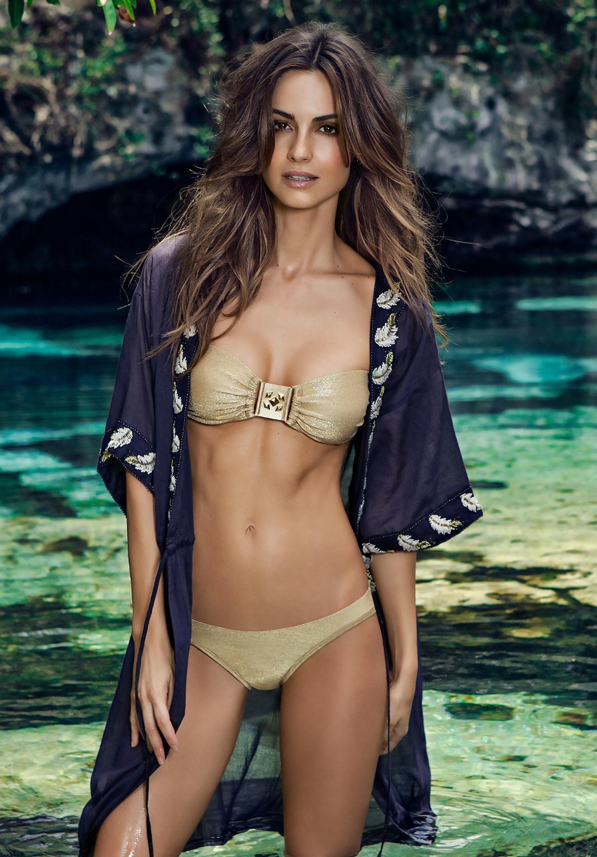 Ariadne artiles ondademar bikini 2014 15 gotceleb for Ariadne artiles comida