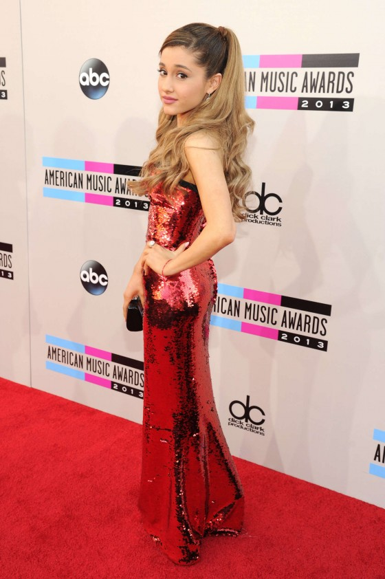 Ariana Grande: 2013 American Music Awards -03