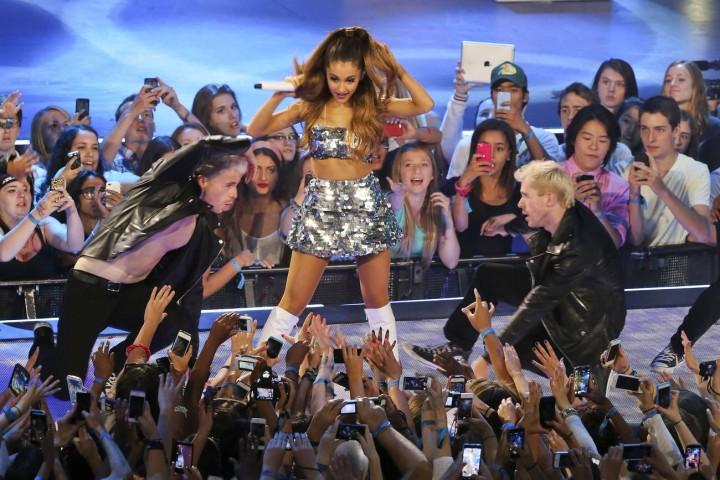 Ariana Grande – 2014 MuchMusic Video Awards in Toronto -04