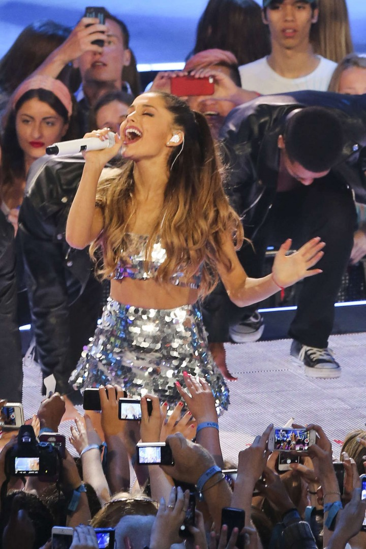 Ariana Grande – 2014 MuchMusic Video Awards in Toronto -08
