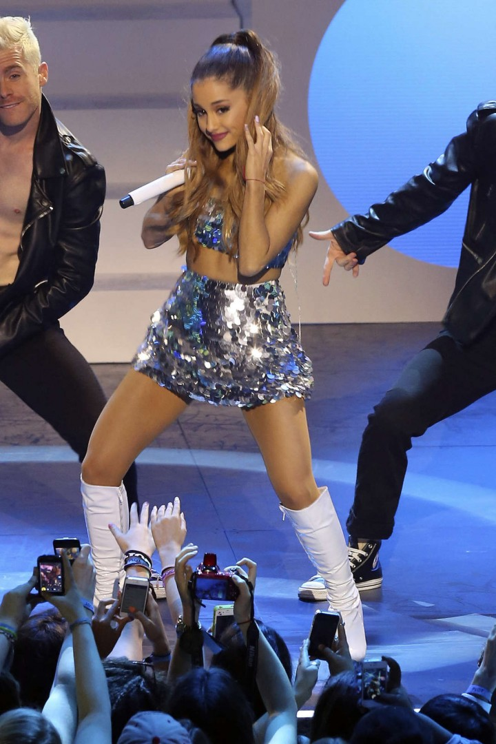Ariana Grande – 2014 MuchMusic Video Awards in Toronto -19