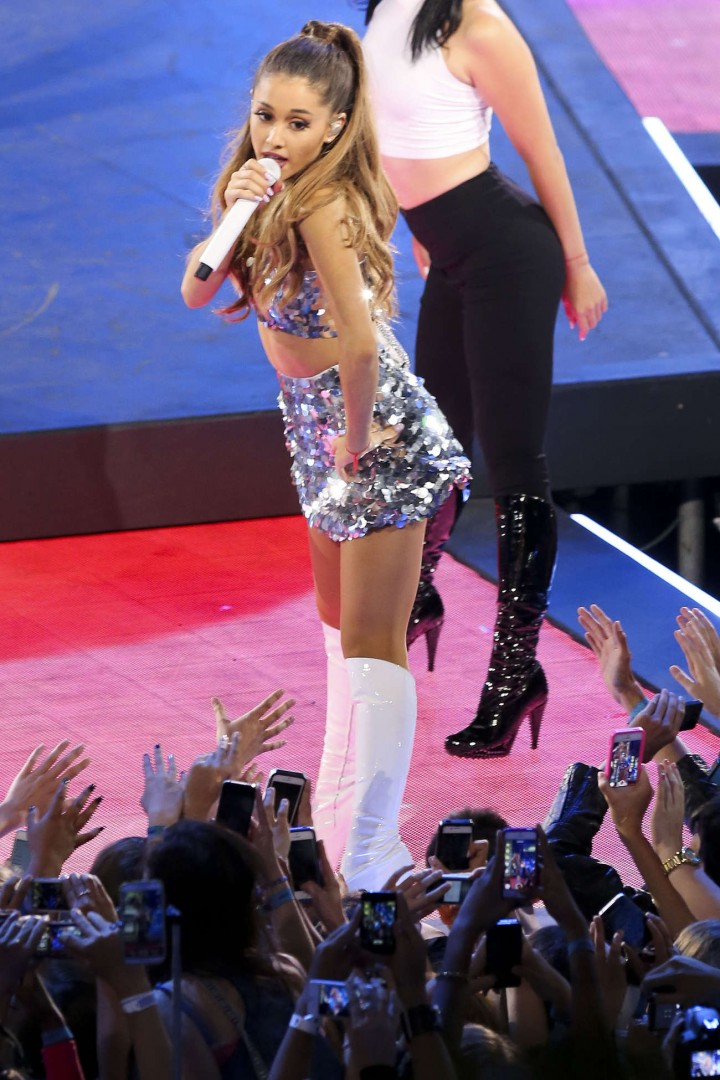 Ariana Grande – 2014 MuchMusic Video Awards in Toronto -30
