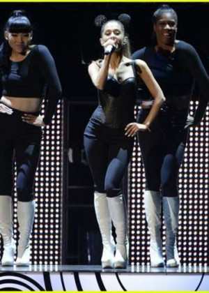Ariana Grande - 2014 Radio Disney Music Awards in LA -01