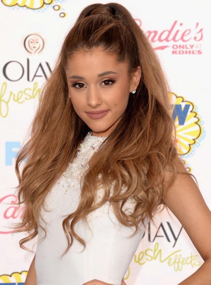 Ariana Grande – 2014 Teen Choice Awards -08