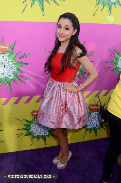Ariana Grande - 2013 Kids Choice Awards -07 - GotCeleb