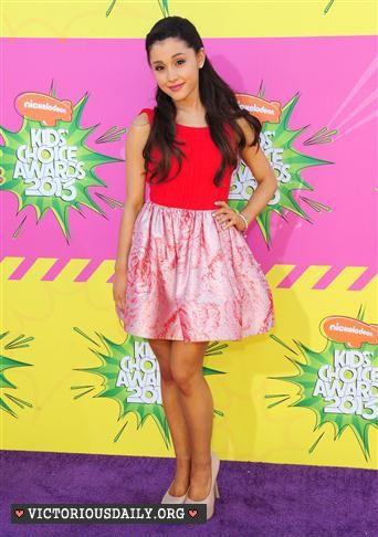 Ariana Grande - 2013 Kids Choice Awards -12 - GotCeleb