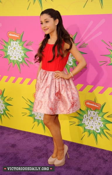 Ariana Grande - 2013 Kids Choice Awards -32 - GotCeleb