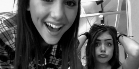 Ariana Grande And Elizabeth Gillies-10
