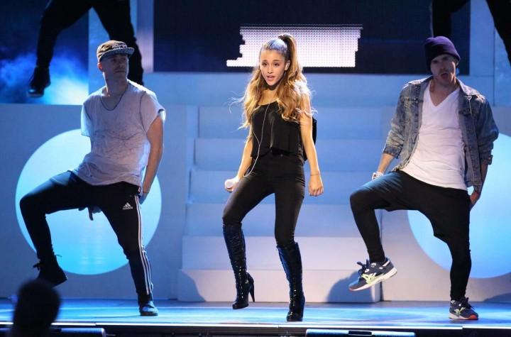 Ariana Grande concert photos -11