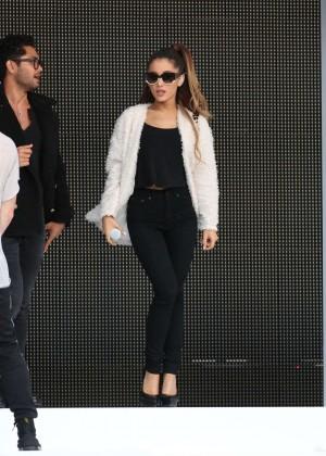 Ariana Grande concert photos -26