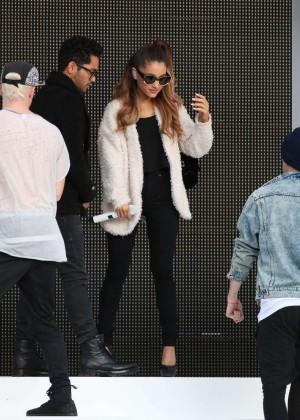 Ariana Grande concert photos -28