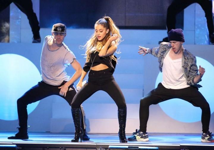 Ariana Grande concert photos -31