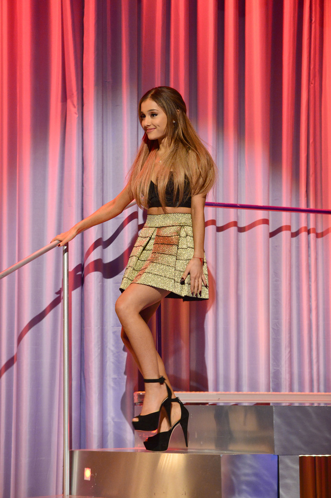 "Ariana Grande - ""Alan Carr: Chatty Man"" Show in London"