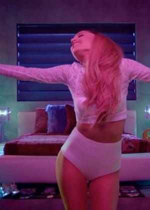 Ariana Grande - Bang Bang Video Caps