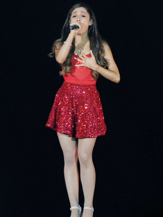 Ariana Grande – Concert with Justin Bieber in Atlanta-03