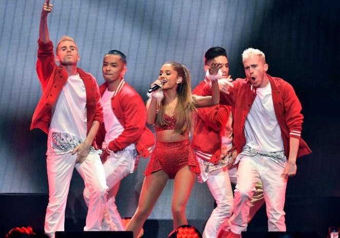 Ariana Grande: 2014 KIIS FMs Jingle Ball -05