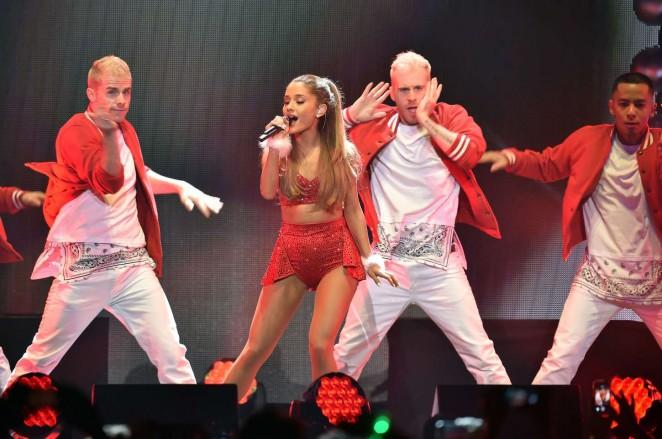 Ariana Grande: 2014 KIIS FMs Jingle Ball -33