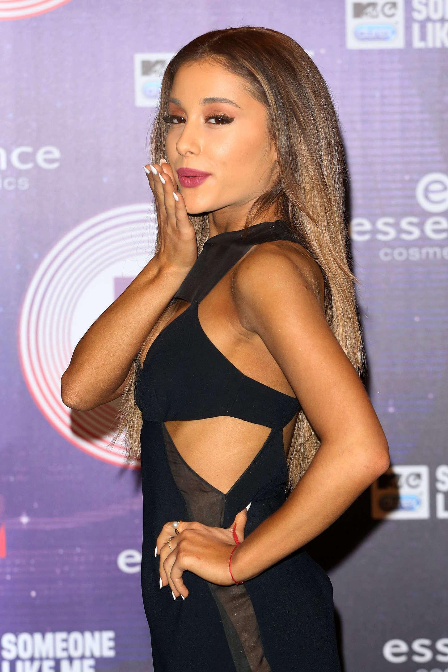 Ariana Grande in Silver Bodysuit at MTV EMA 2014 -06
