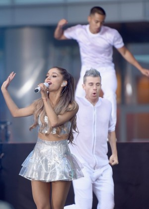 Ariana Grande: performs on NBC Today -32