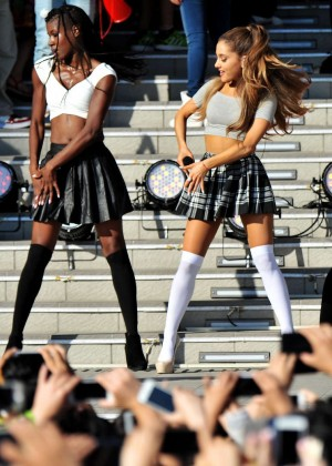 Ariana Grande: Promoting My Everything in Tokyo -10