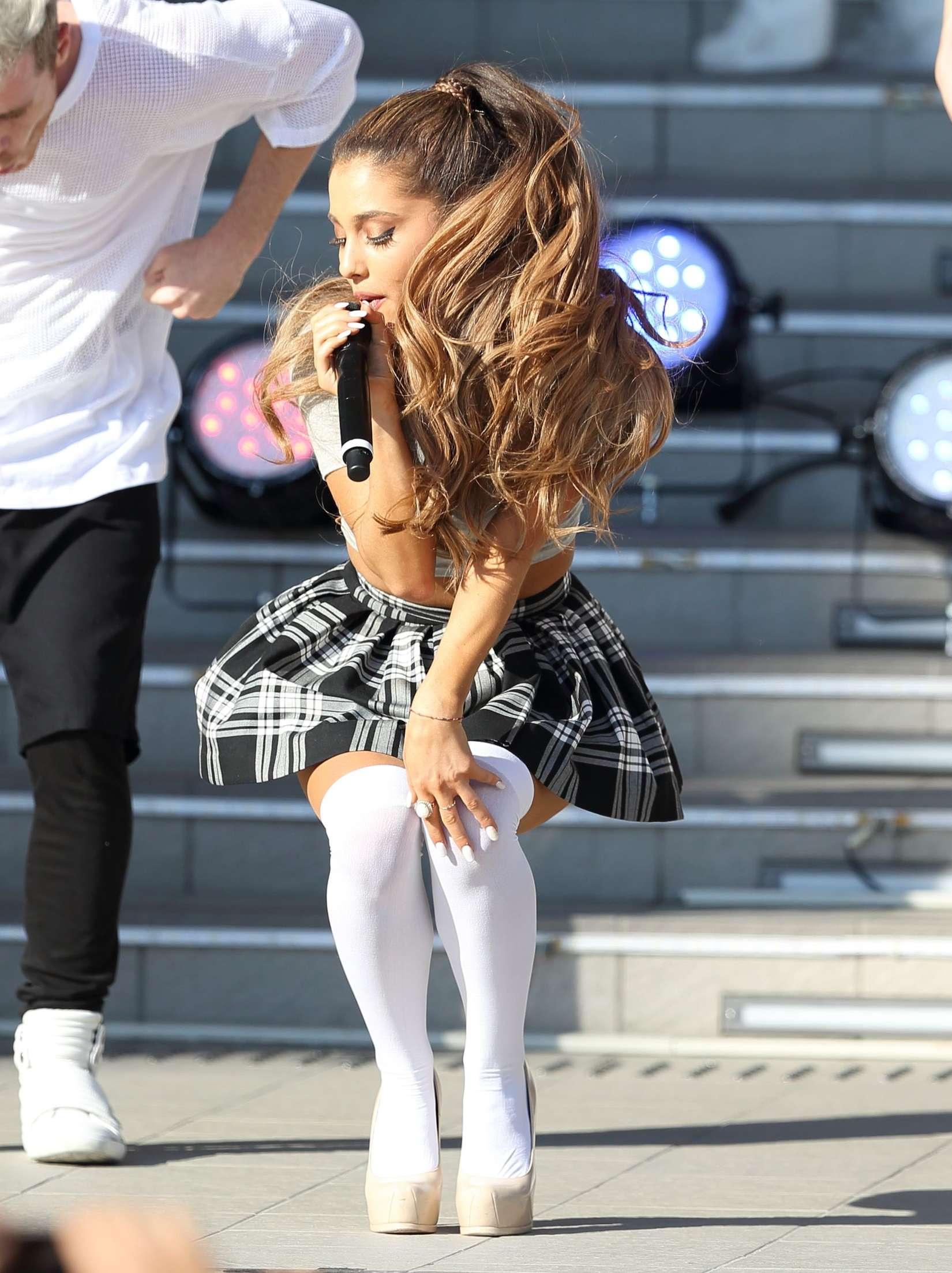 Ariana Grande My Everything Concert In Tokyo 23 Gotceleb