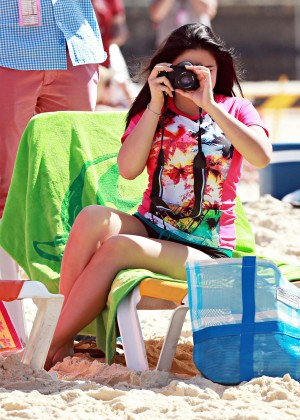 Ariel Winter and Sarah Hyland - at the Bondi Beach in Australia -18