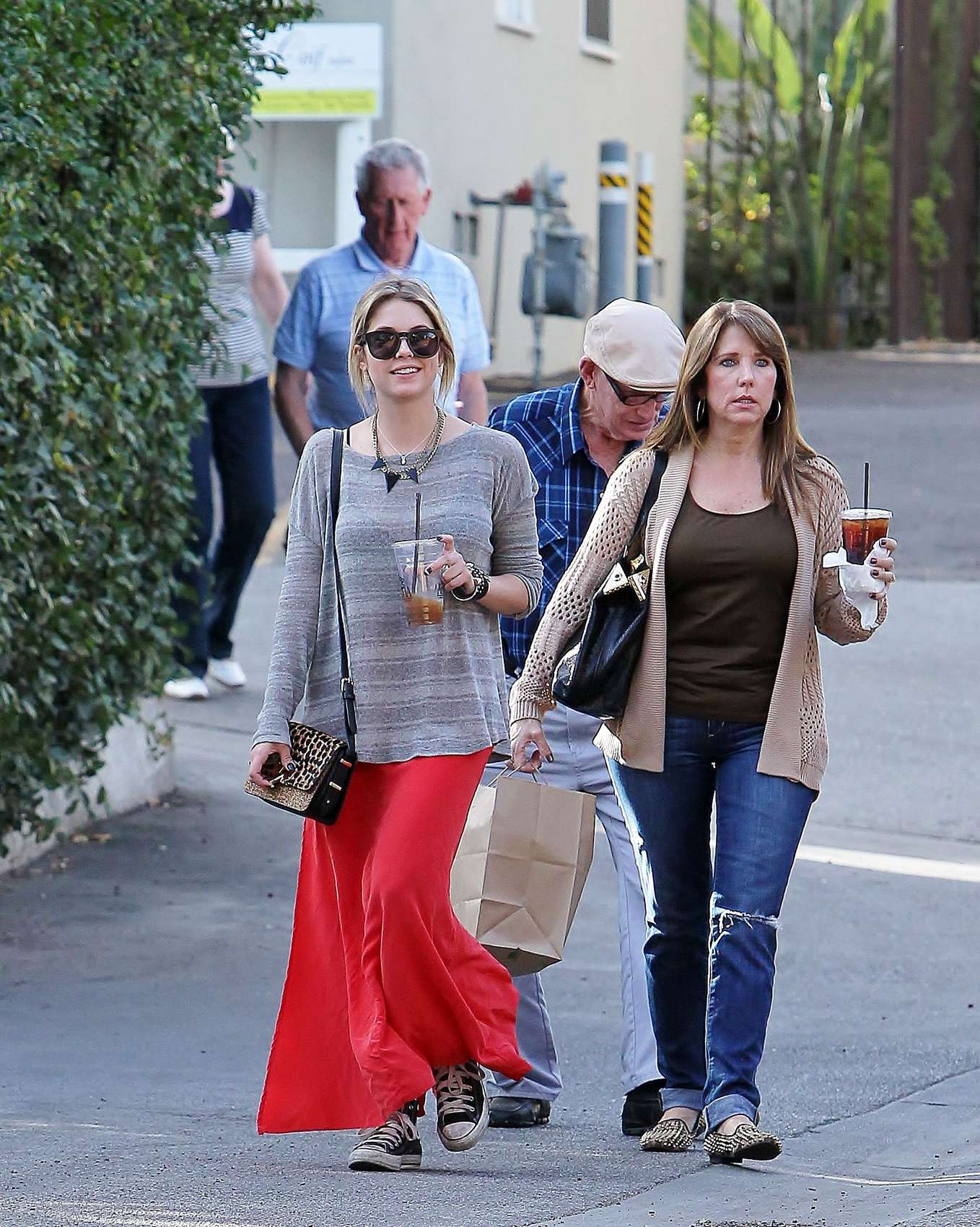Ashley Benson 2013 : Ashely Benson Out for Lunch With Family in Toluca Lake-06