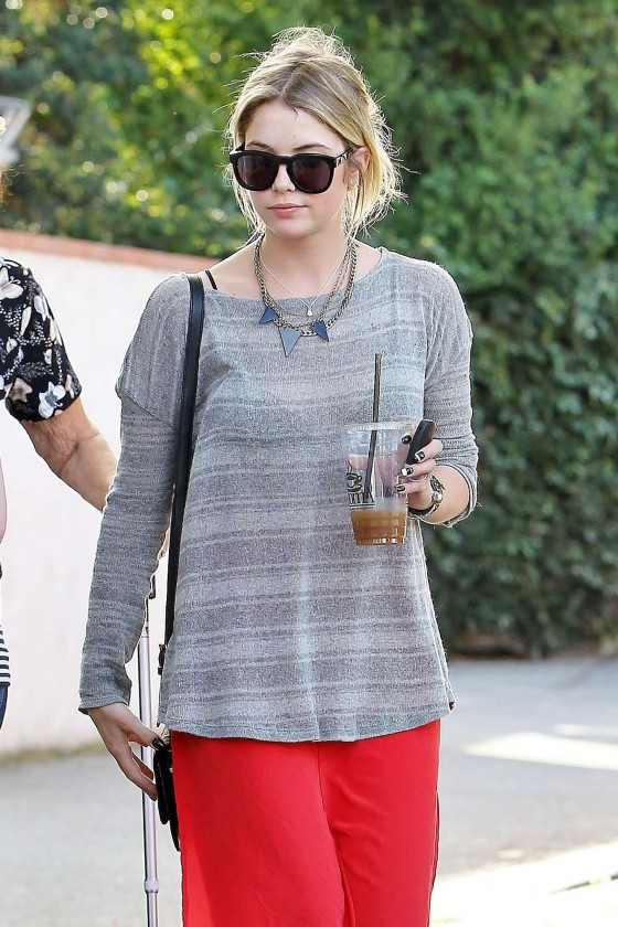 Ashley Benson 2013 : Ashely Benson Out for Lunch With Family in Toluca Lake-08