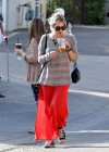 Ashely Benson Out for Lunch With Family in Toluca Lake-13