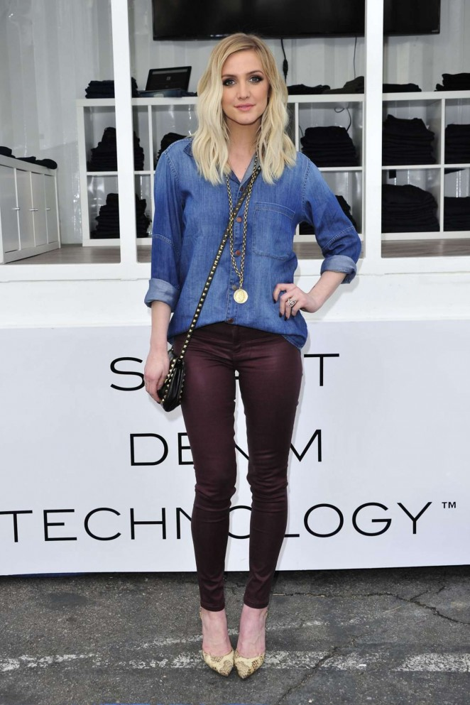 Ashlee Simpson - DL Premium Denim Digital Showroom in Venice