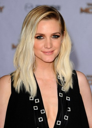 Ashlee Simpson - 'The Hunger Games: Mockingjay - Part 1' Premiere in LA