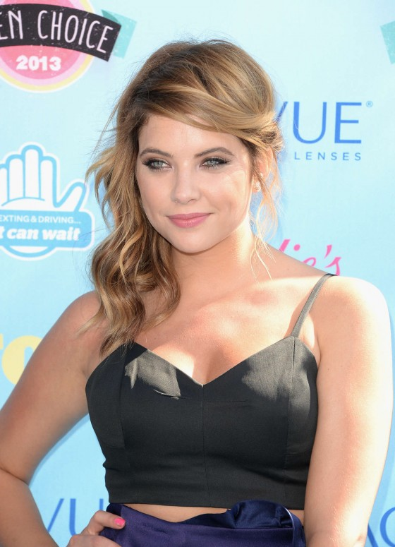 Ashley Benson – Teen Choice Awards 2013 -10