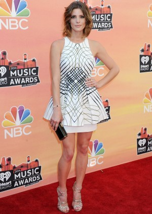 Ashley Greene - 2014 iHeartRadio Music Awards-02