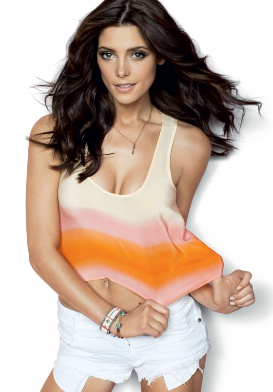 Ashley Greene - Cosmopolitan PhotoShoot (December 2012)