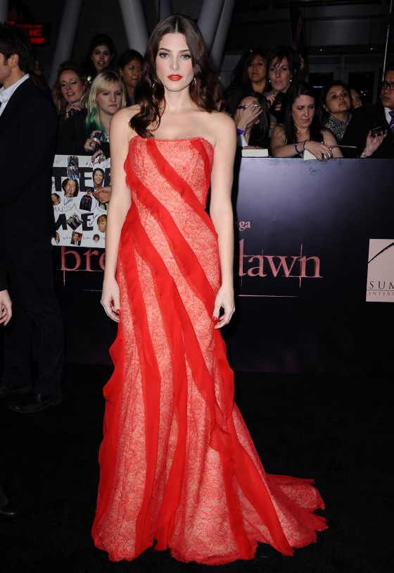 Ashley Greene 2011 : Ashley Greene – Cleavage at Twilight Breaking Dawn Premiere in LA -06