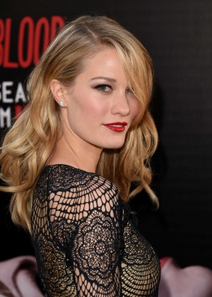 Ashley Hinshaw - True Blood season 7 premiere -04