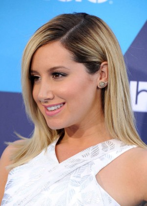 Ashley Tisdale - 2014 Young Hollywood Awards