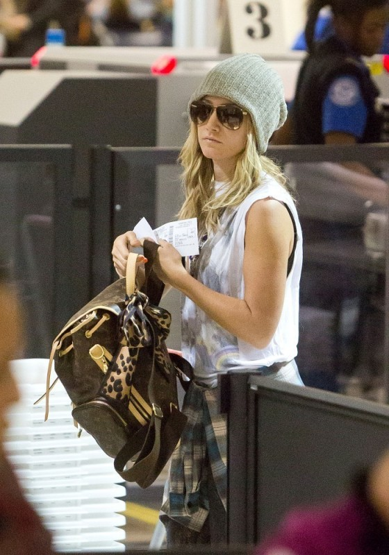 Ashley Tisdale at LAX-04