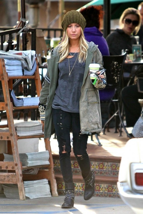 6c47e788b134 Ashley Tisdale at Urth Cafe in West Hollywood -09 – GotCeleb