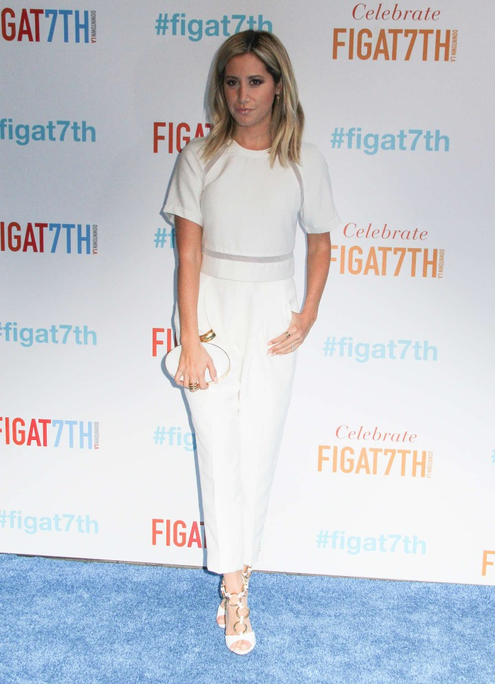 Ashley Tisdale: Grand ReOpening of FIGat7th -03