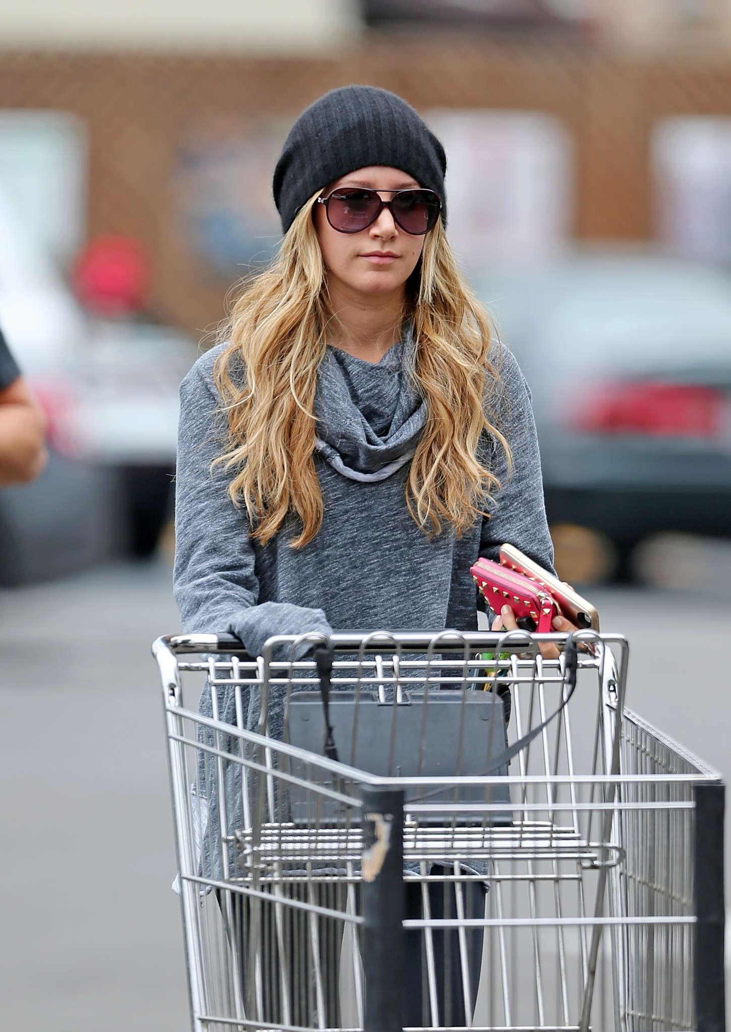 Ashley Tisdale 2014 : Ashley Tisdale in Spandex -01