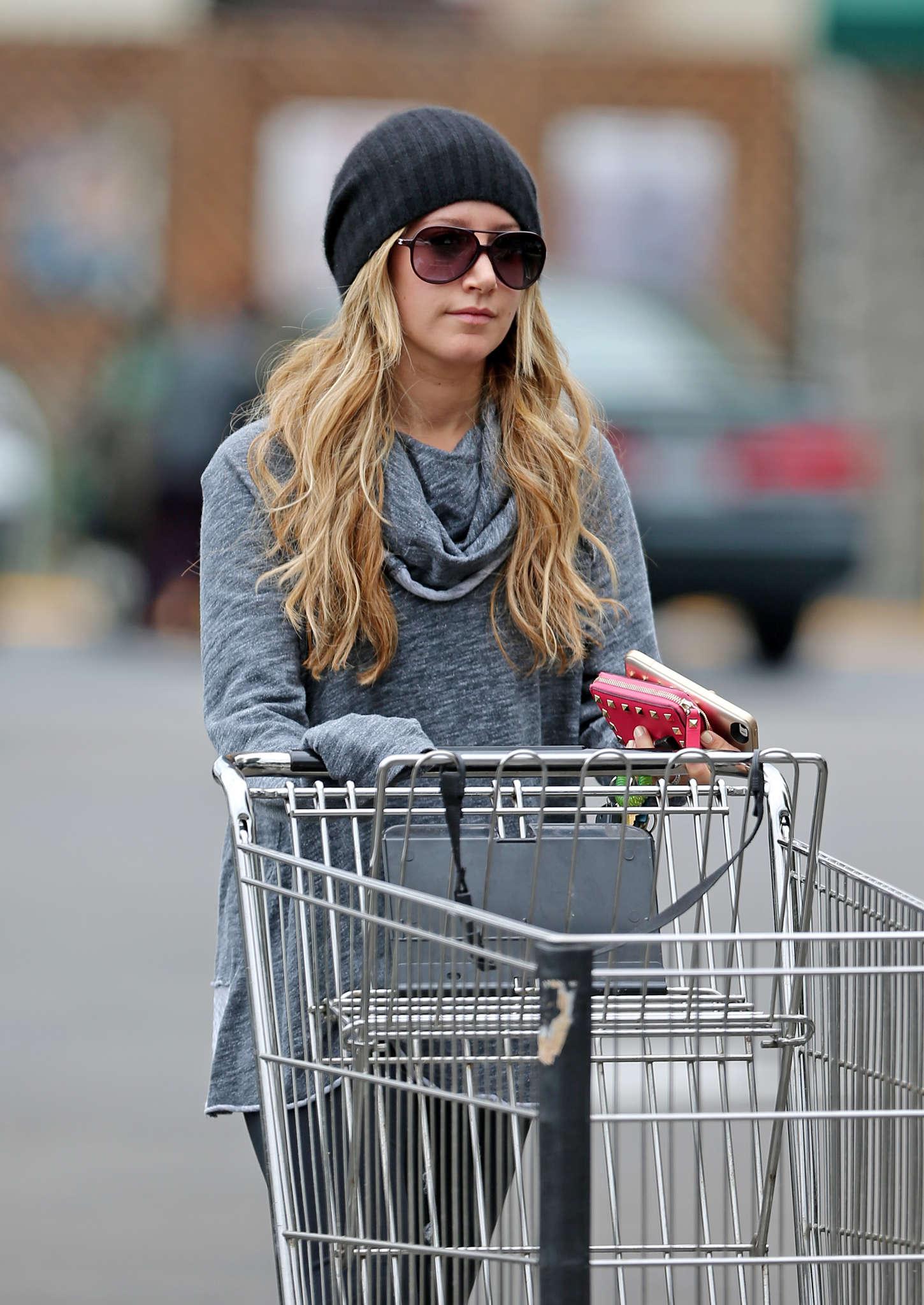 Ashley Tisdale 2014 : Ashley Tisdale in Spandex -03