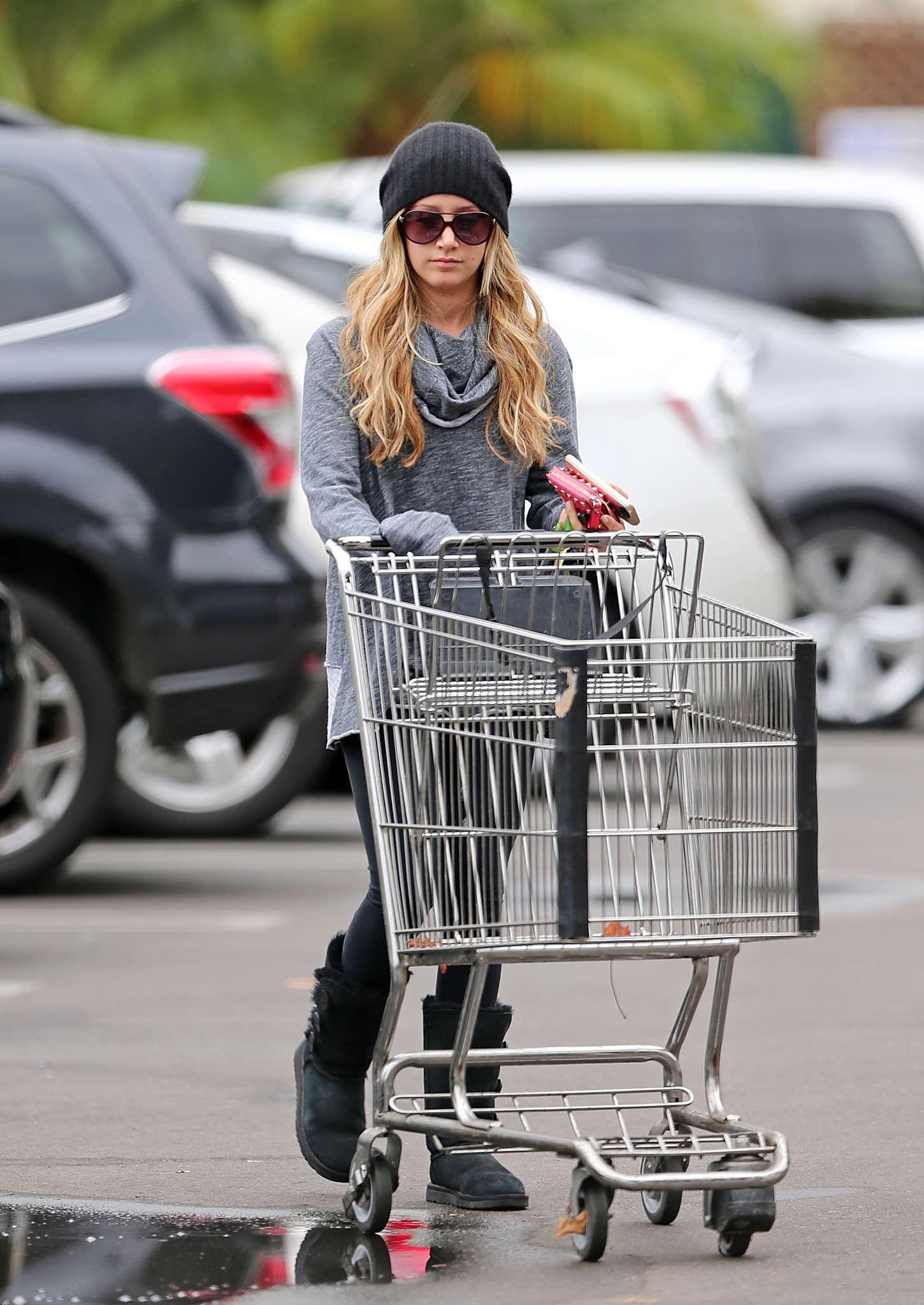 Ashley Tisdale 2014 : Ashley Tisdale in Spandex -07