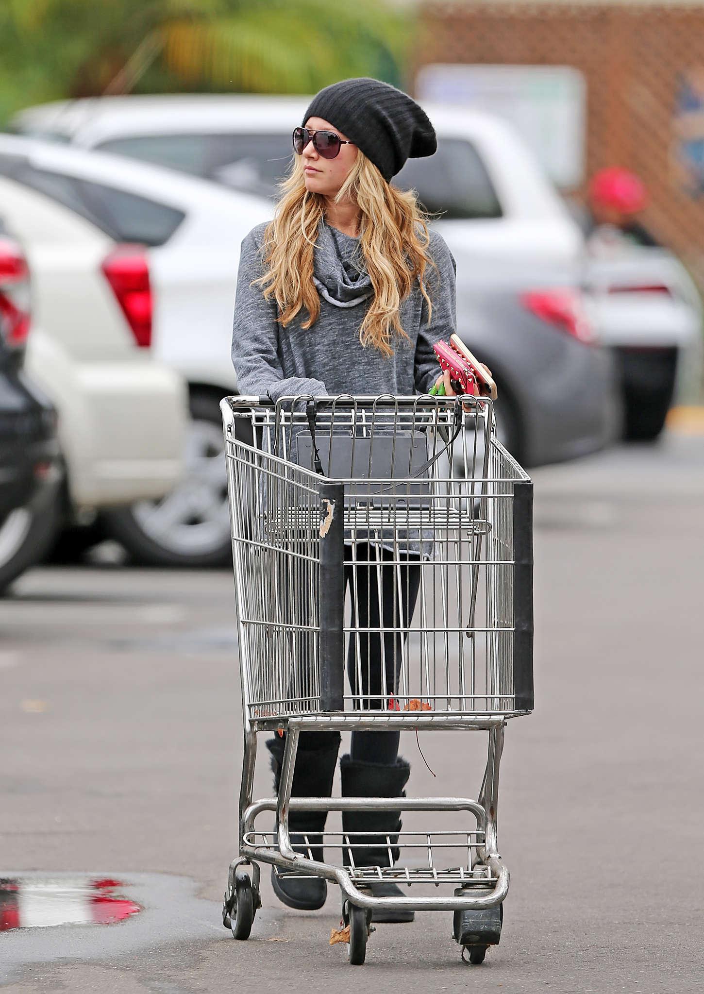 Ashley Tisdale 2014 : Ashley Tisdale in Spandex -10