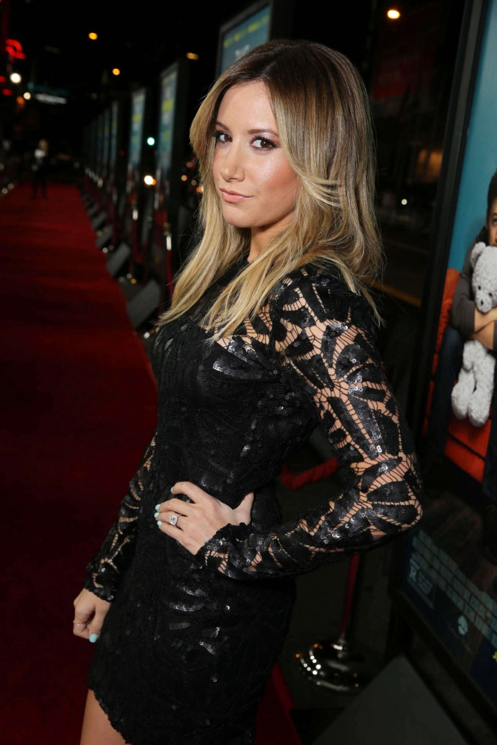"""Ashley Tisdale – """"That Awkward Moment"""" Premiere in Los Angeles"""