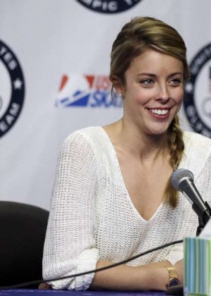 Hot 45 Ashley Wagner Pics -35